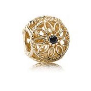 PANDORA Gold Delicate Beauty Black Spinel Charm